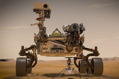 60 microxips dissenyats per l'equip de científics del grup MNT, vinculat a l'ETSETB arriben a Mart