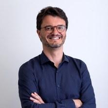 Dr. Carles Puente