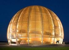 Vista nocturna del CERN (Foto: 2005-2017 CERN)